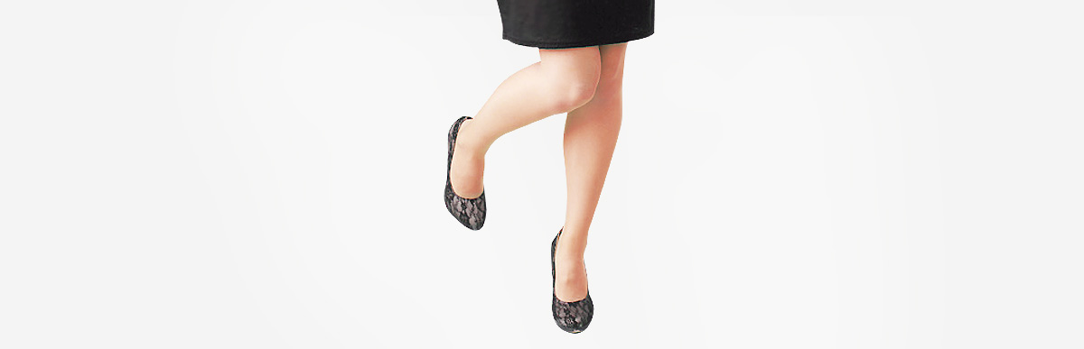 足が臭くなる前に!ストッキングの臭いとムレの予防法